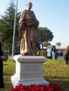 La statua di San Camillo De Lellis
